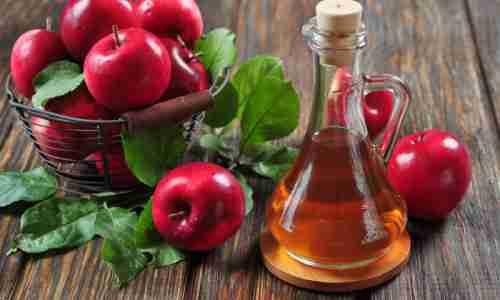 Jabolčni kis iz las odstrani vse trdovratne negovalne izdelke. Foto: gatty
