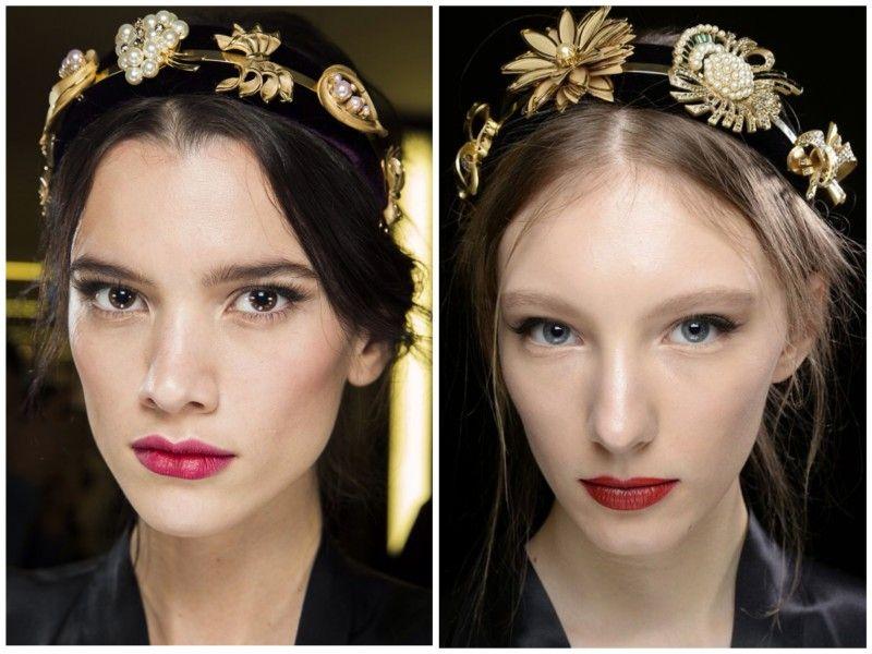 Dole & Gabbana že nekaj sezon prisega na bordo rdeče rdečilo ne glede na letni čas.