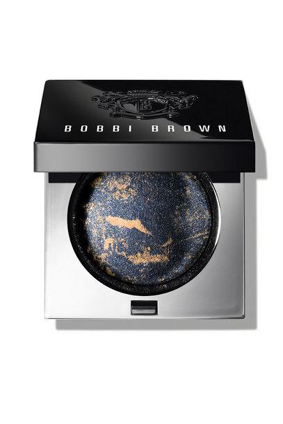 Sequin Eye Shadow Moon Rock senčilo za veke od Bobbi Brown, cena cca. 35 €
