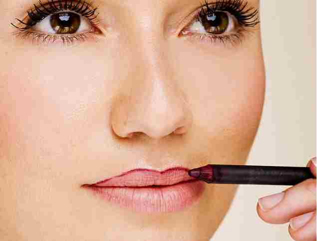 Define lips with lip liner to stop lipstick bleeding 19/6/13